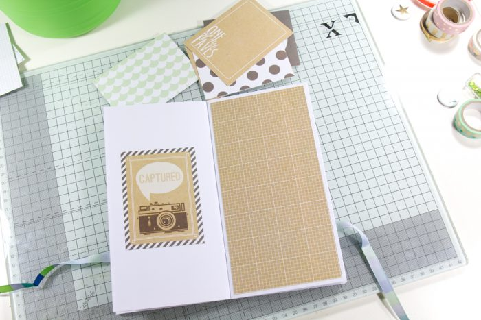 danidori Seiten mit Papier bekleben
