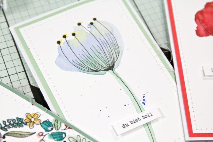 Doodle Blume mit Aquarell