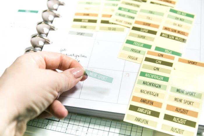 DIY Sticker Memorynotebook